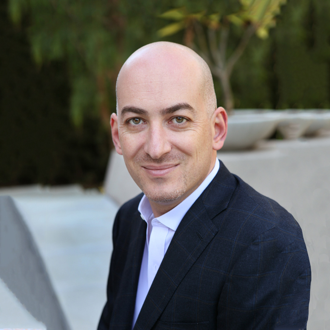 Portrait photo of ShlomoBenartzi